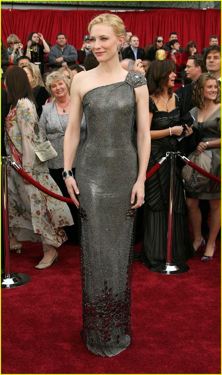 Cate Blanchett in Armani Prive 2007 Oscars