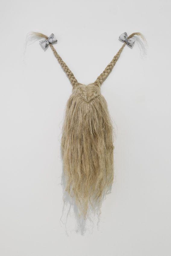 Elodie ANTOINE - Trophée aux nattes, 2014, cotton and hemp, 100x65x25cm, unique