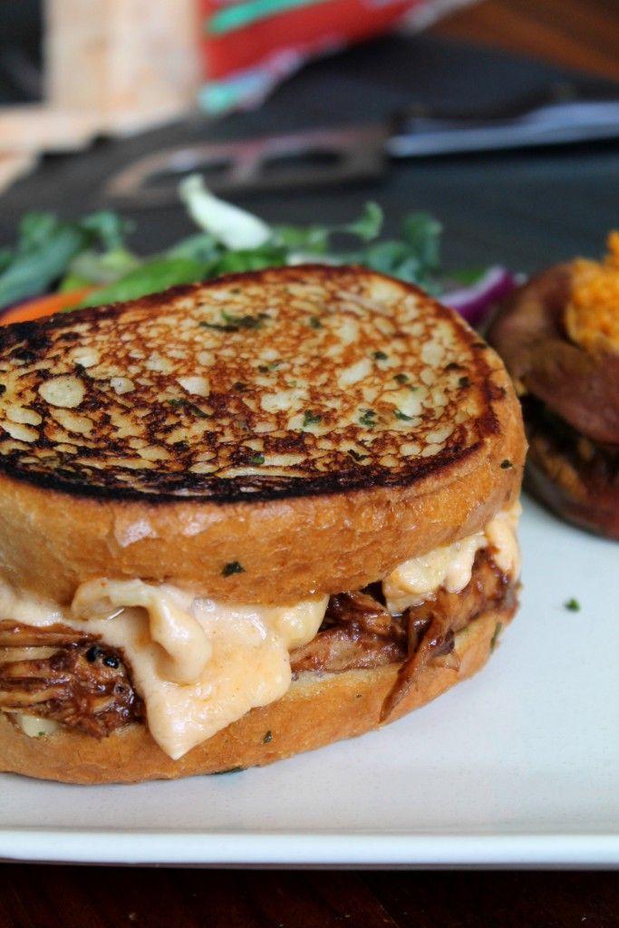 The Mempho (Grilled BBQ Mac & Cheese Sandwich)