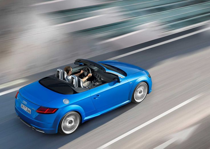 10 Grand Audi TT Roadster Desktop Background