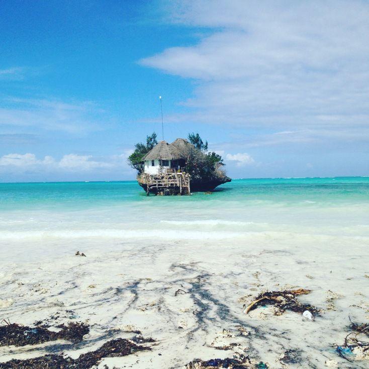 The Rock auf Sansibar in Pingwe - 5 Gründe, warum du nach Sansibar reisen solltest: http://ferndurst.de/sansibar-reise-5-gruende/