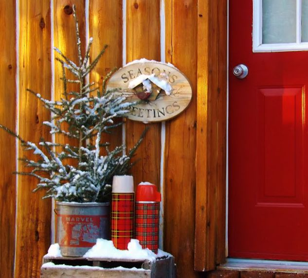 christmas porch with vingtage thermosus with images of porches decorated for christmas - Primitive Christmas Porch Decor