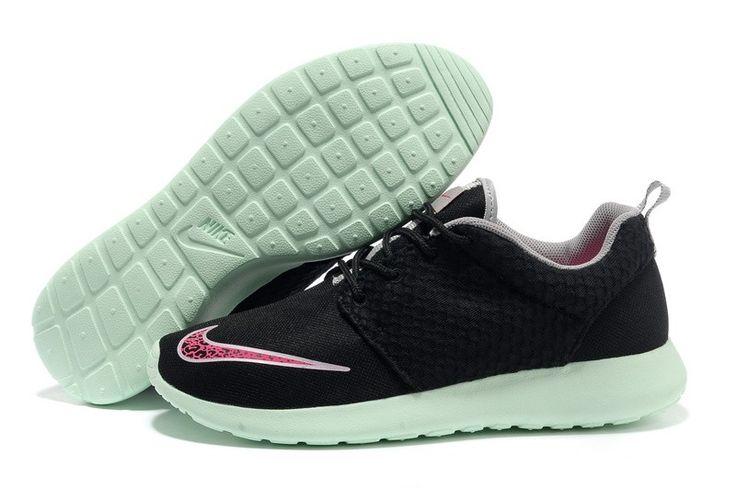100% authentic d5288 ce67b Goedkoop Op De Verkoop Roshe Run FB Yeezy Nike Damesschoenen Zwart Mintgroen  - Modern shoes   Pinterest - Nike damesschoenen, Roshe en Mintgroen.