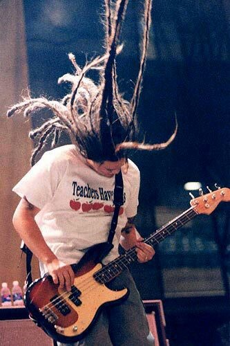 Chi Cheng bassist of the Deftones :(