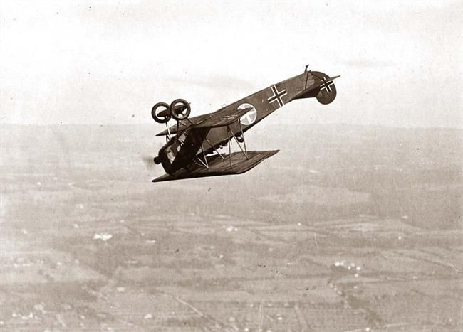 Old Picture of the Day: German Fokker in World War I