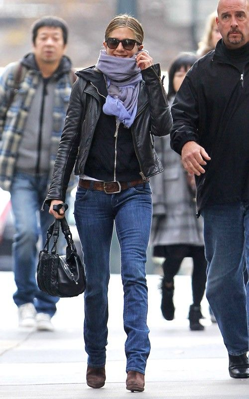 J.Aniston Winter Outfit : Blue Jeans + Black Top & Jacket + Brown Accessories..Jennifer Aniston Loves the Black + Brown Combo