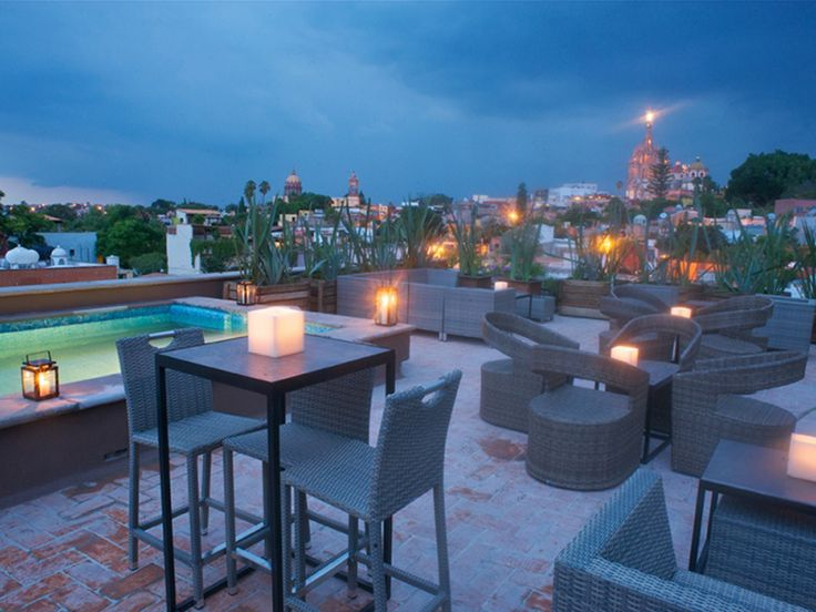 Best 25 rooftop restaurant ideas on pinterest rooftop for 211 roof terrace cafe