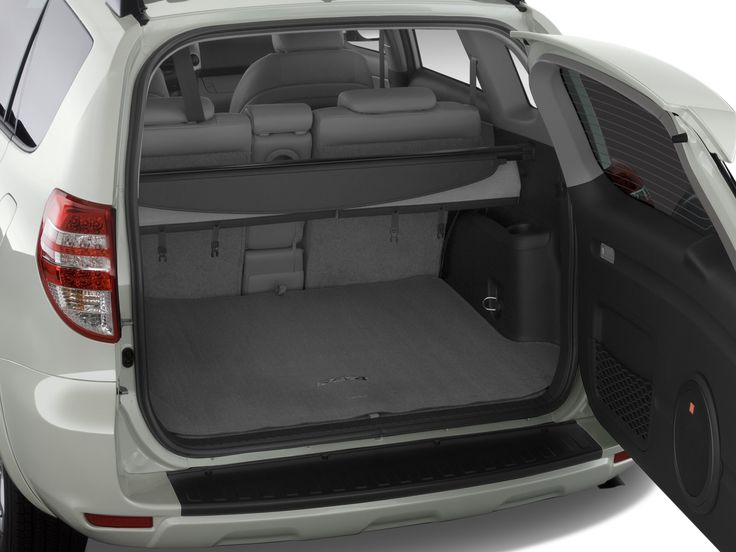 Extra large trunk capacity enough for 4 large suitcases