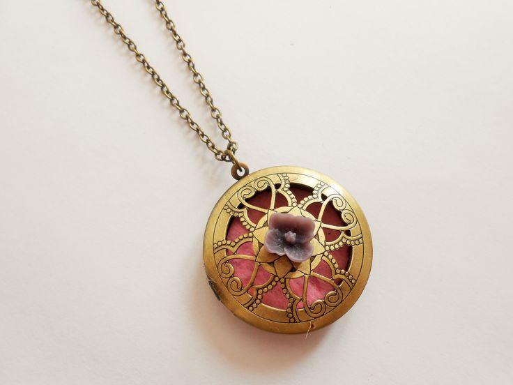 Collier porte photo - collier médaillon à parfumer - collier pendentif porte photo - collier photo - collier à parfumer - collier : Collier par esthete-bijoux