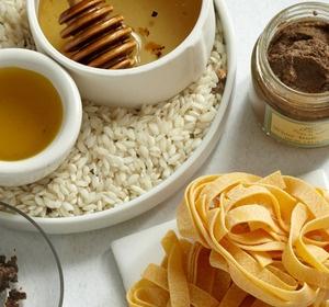 An inspiring gourmet food online store based in the USA.  http://www.gilttaste.com