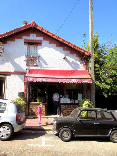 La Pingouin  Bar and Restaurant Clamart Paris