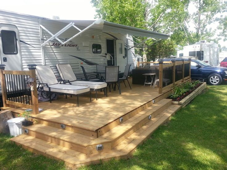 Trailer deck enhances outdoor living space