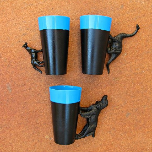DIY Party Cups - Glue Plastic Animals to Make HandlesIdeas, Dollar Stores, Cups, Animal Handles, Glue Plastic, Diy Gift, Plastic Animals, Diy Animal, Housewarming Gifts