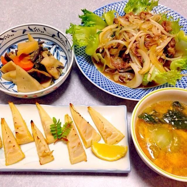 焼き竹の子、 タケノコとワラビと人参と椎茸の煮物、 牛肉と野菜の炒め物、 青梗菜の中華風かき卵スープ です。 - 27件のもぐもぐ - タケノコ食べてま〜す(^∇^) by Orie Ueki