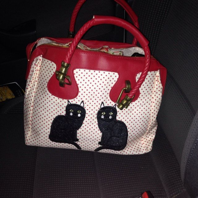 Tiffany Anderson added a photo of their purchase