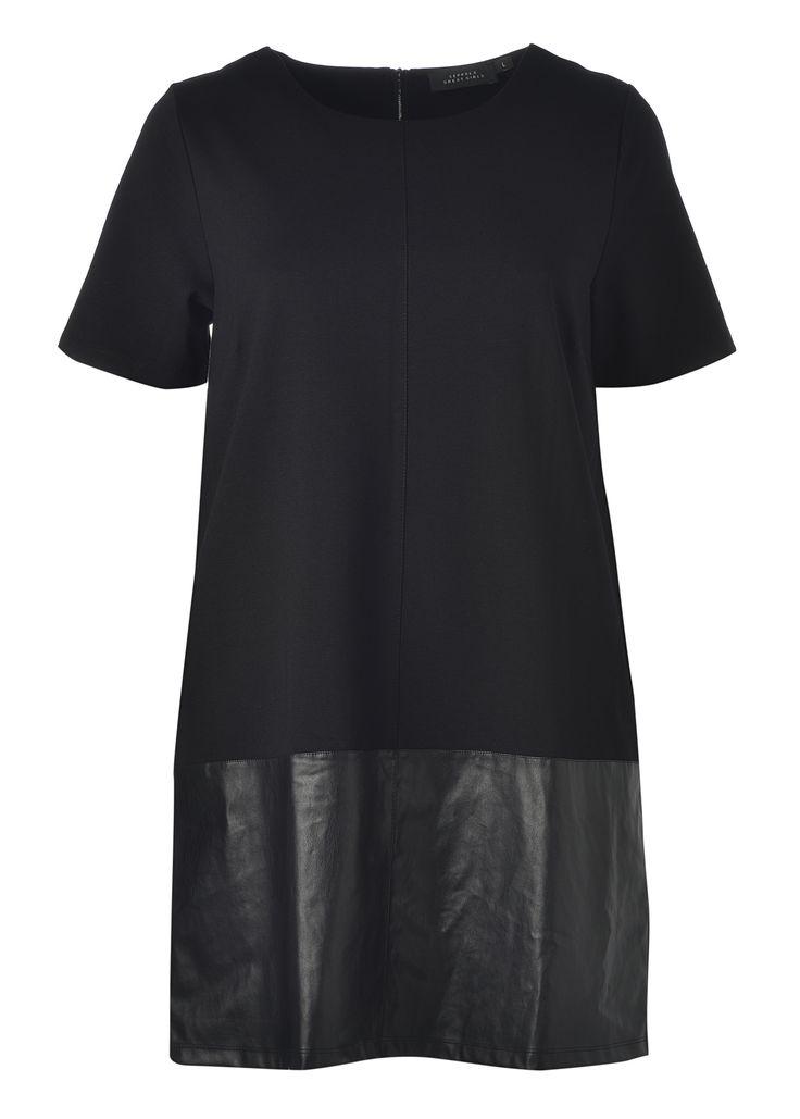 GG mekon helmassa on keinonahkaa. Se sopii siis hyvin sekä päivä- että iltakäyttöön. 44,95€