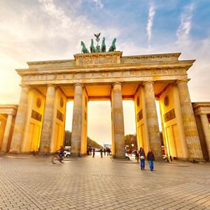 365 WONDERS OF THE WORLD: #129  The Brandenburg Gate is a neoclassical arch and best-known landmarks of Germany and symbol all in one with over two hundred years of history.  Read more>>  http://www.travelstart.co.za/lp/berlin/flights  #365wondersoftheworld #travelstart #berlin #europe #germany