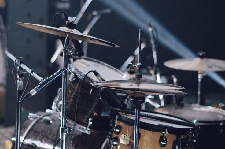 Mr Kite - Sbiellata Sanzenese 2016, Olgiate Molgora (LC). Foto di Chiara Arrigoni del gruppo musicale italiano dream pop Mr Kite #mrkite #lecco #rock #music #sbiellata #drumset #peace #soprano