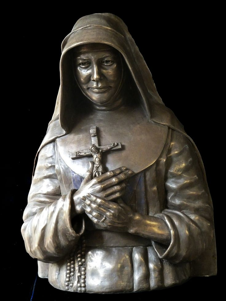 St Mary MacKillop, Australia's first Saint. Born 1842, died 1909. Founder of Sisters of St Joseph She built schools throughout the colonies of Australia and alleviated suffering through her compassionate care. Mary MacKillop Bust for schools. Cold cast bronze, limited edition, H:83cm, W:60cm, D:52cm. Enquiries to Sculptor Judith Rolevink  jurol@bigpond.net.au