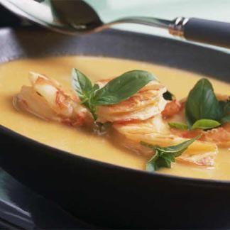 Soupe de crevette thaïe au lait de coco - une recette Exotique - Cuisine | Le Figaro Madame