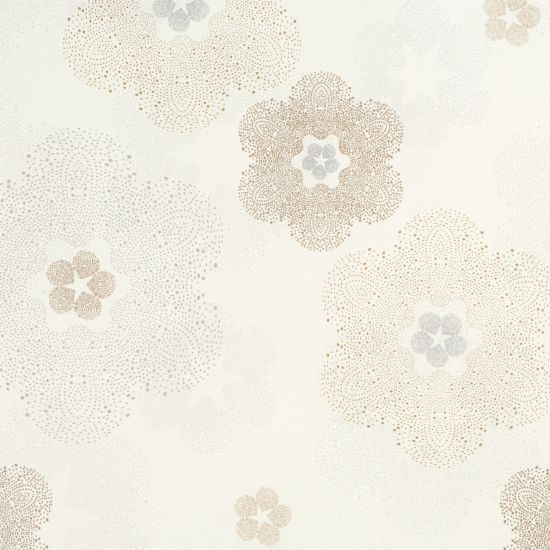 Floral medallion Beige & Metallic R1904 offers a stipple floral sheen pattern which overlays the neutral warm colour of the background. Producing a shimmery effect, it adds a beautiful gleam to any wall. Metallic beige floral residential wallpaper R1904