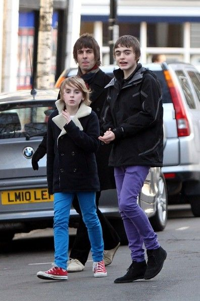 Liam and Noel Gallagher Fighting | Liam Gallagher - Liam Gallagher Out With Family