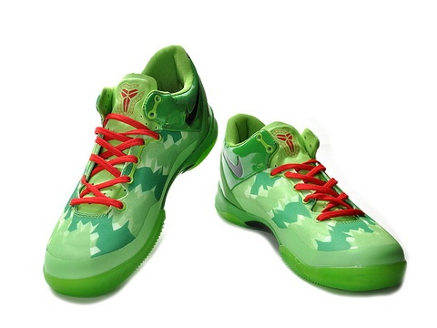 Nike Zoom Kobe 8 Grinch Christmas,Style code:555035-701,It comes in a light green Hyperfuse upper with deep green and light green pattern etched, combining with the black nike swoosh print on the side and sport red lacing, Kobe's signature printed on the lateral heel and the exclusive logo of Kobe attach on the tongue. In addition, the shoe possesses a Zoom Air cushioned sole which provides impact protection and lightweight cushioning.
