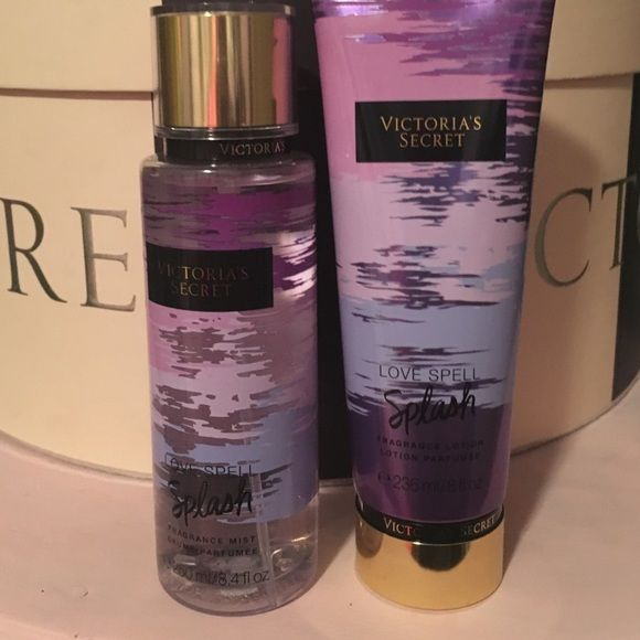 Victoria's Secret LOVE SPELL SPLASH set New, full sized Victoria's Secret Other