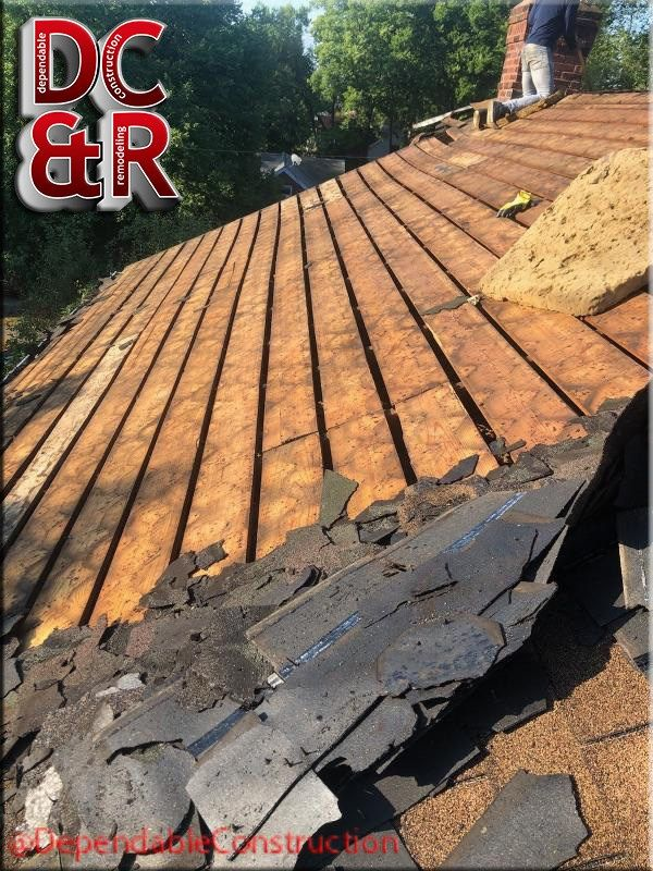 The Second Thing You Never Want To Find On A Roof Is Wood That Has 1 1 2 Gaps Between The Wood Now We Ll Have To Re Sheet Wood Construction Remodeling Roofer