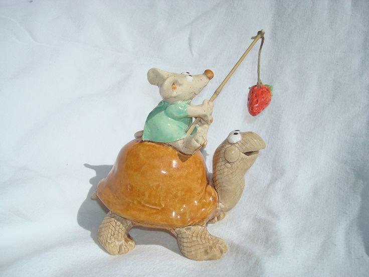 Céramique tortue conduite par une petite souris : Art céramique par crisland: