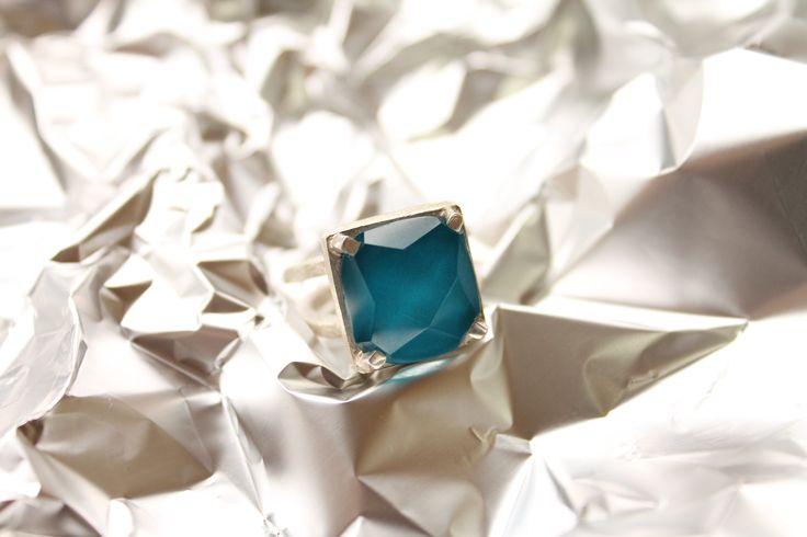 AF5 anillo facetado turquesa #heidipeiranojewlery #coleccioncristals