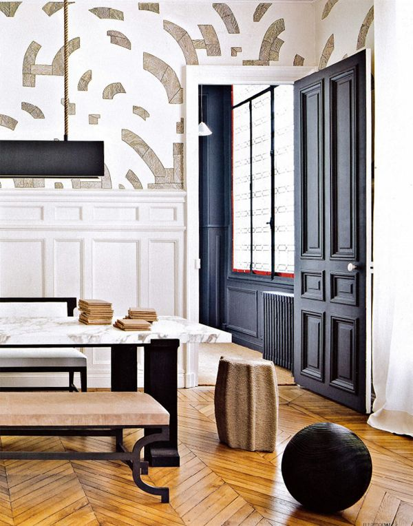 Split painted door - gilles + boissier