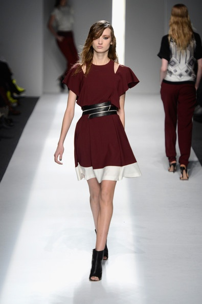 Fall fashion 2013 Love this dress and it would be perfect for fall senior pics