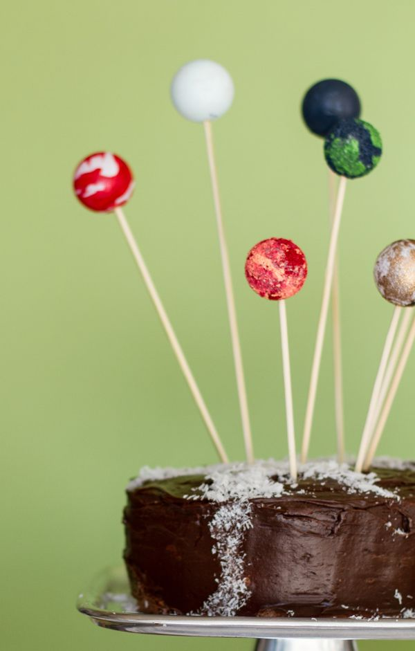 Planet Cake Toppers And A Milky Way Cake Solar System