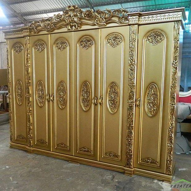 #Rococo #Mahogany #Wardrobe in Antique Gold Finish Arjumei by #NusaTeak  PIN: 7658A033 Call WA: 6281908021000 Inquiry: info@nusateak.com Site: NusaTeak.com  #Mebel #Furniture #Meuble #Home #Decor #Interior #MahoganyWardrobe #HomeDecor #Almari #HomeInterior #CarvedWardrobe #Carvings #FurnitureDesign #InteriorDesign #Design #Indonesia #Etsy