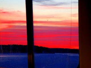 Travelling with camera obscura: Auringonlasku, muokkaamaton kuva, siis tosi RAW ;)