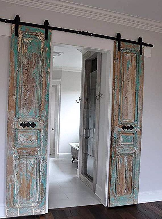 Vintage Doors Die Fur Alles Verwendet Werden Konnen Mit Ihnen Als Schiebeturen Fugt Ein Romantisches Gefuhl In Jedem Ra Vintage Doors Vintage Door Barn Door