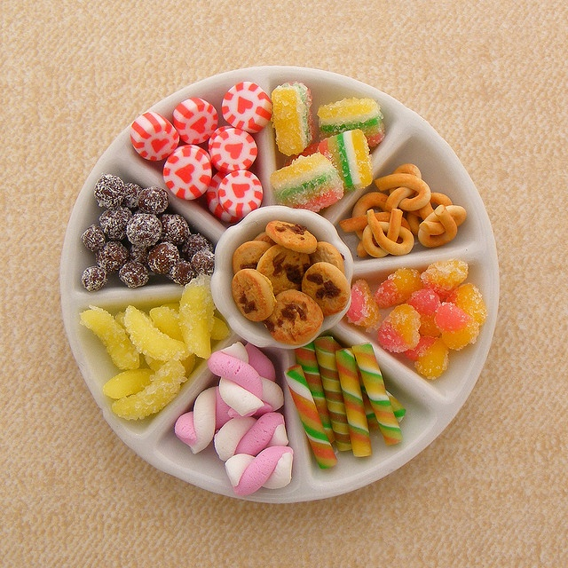 """Miniature platter for candy &/or salty snacks~ image only but great inspiration to display random little polymer clay """"candies"""" The sugar effect made by using liquid clay and salt."""