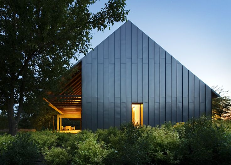 31 best contemporary gables images on pinterest for Modern gable roof house