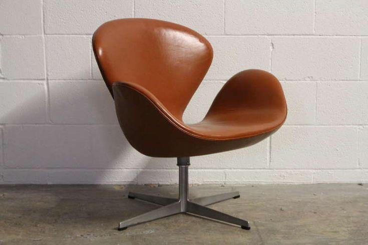 fritz hansen arne jacobsen swan chair in basic leather brown 3