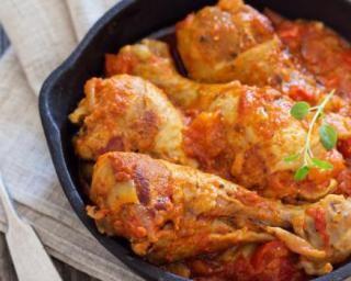 Cuisses de poulet à la bière et à la sauce tomate minceur