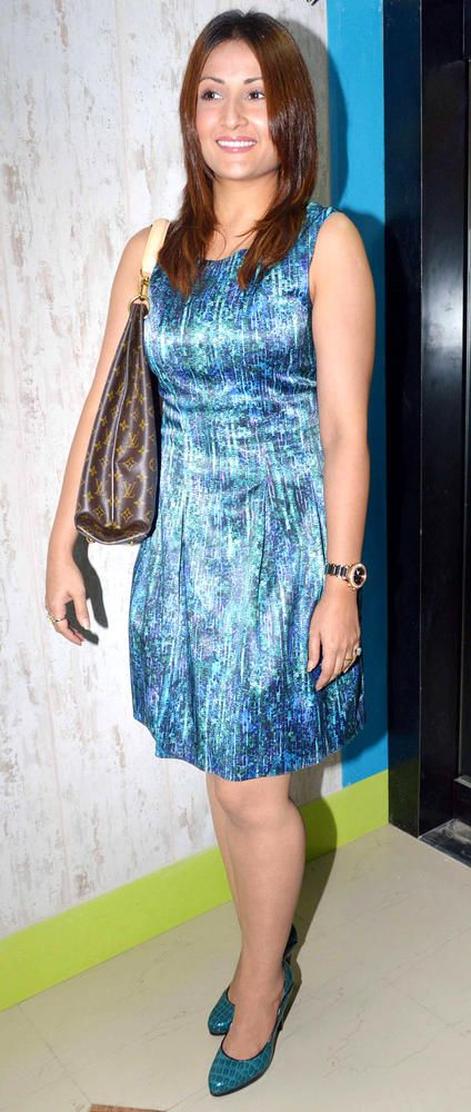 Urvashi Dholakia #Bollywood #Fashion