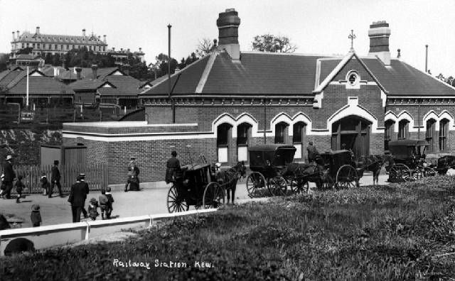 Kew railway station, the last stop of a spur line from Hawthorn. The station was located on Princess Street where the VicRoads buildings now stand