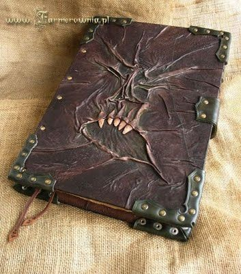 Portal dos Mitos: Necronomicon, O Livro dos Mortos