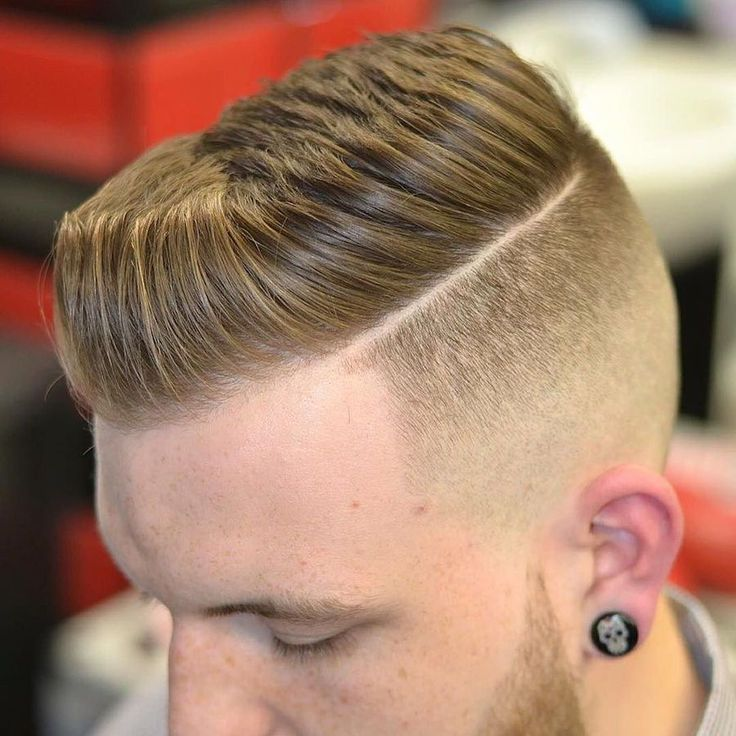 gregorymaxbarber_and disconnected short pompadour haircut