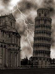 Lightning at the Leaning Tower of Pisa