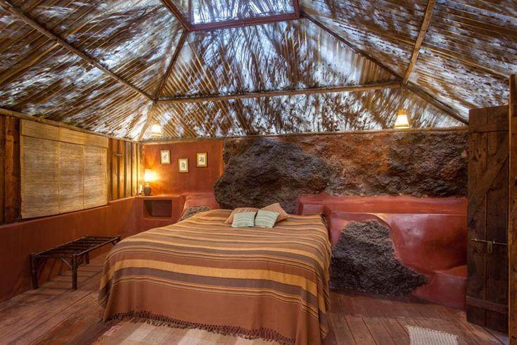 Another stunning 'rock' room at Olaulim Backyards, north Goa. More info: https://www.tripzuki.com/hotels/olaulim-backyards-goa/
