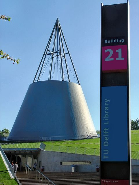 NL, Delft University of Technology Library Entrance !