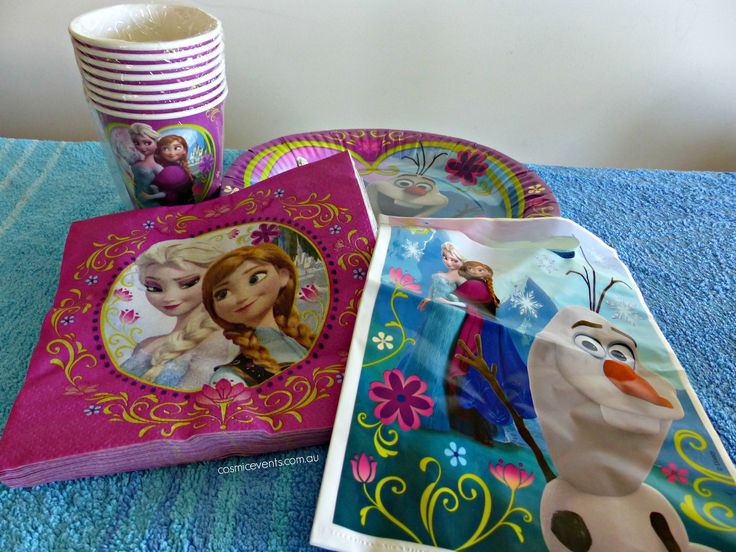 Frozen DIY Party Package. Includes cake, helium balloons, food, drink, lolly bags & tableware http://www.cosmicevents.com.au/services/diypackages/