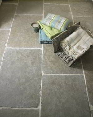 Timeless and classical Old Green Farmhouse Flagstones. The tumbled edges and brushed surface fit suitably to any old-aged property. #flagstones